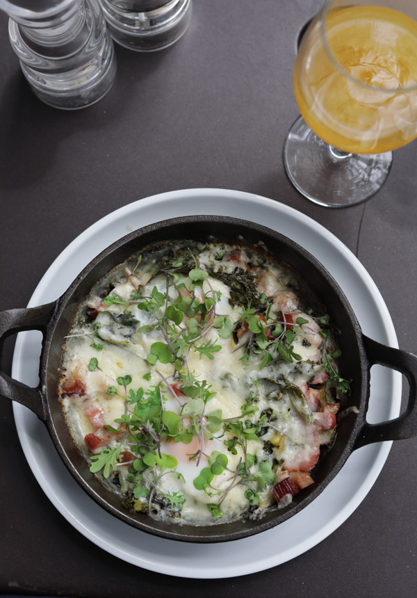Farm to table brunch on weekends in Fort Greene
