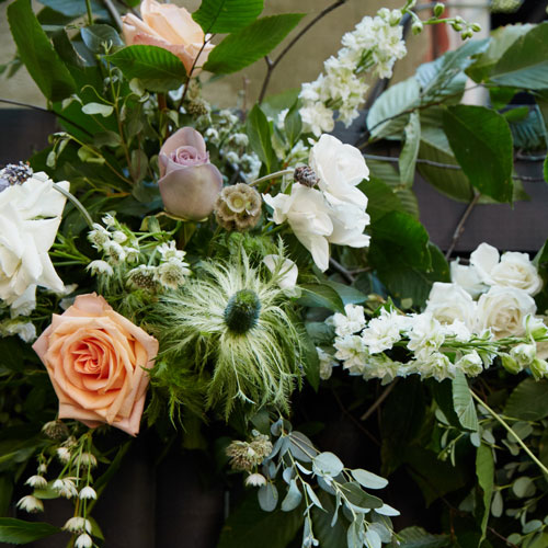 Seasonal flowers in the garden as the perfect intimate wedding decor